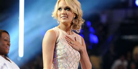 Oops! Carrie Underwood falls onstage during Texas show