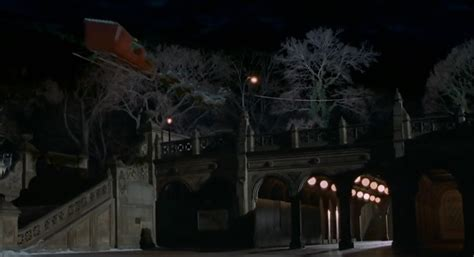 Elf (2003) Filming Locations - The Movie District