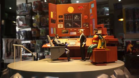 Video Batman Animated Series Batcave with Alfred Playset
