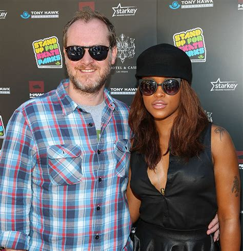 Maximillion Cooper Reaching Goals With Wife! No Room For