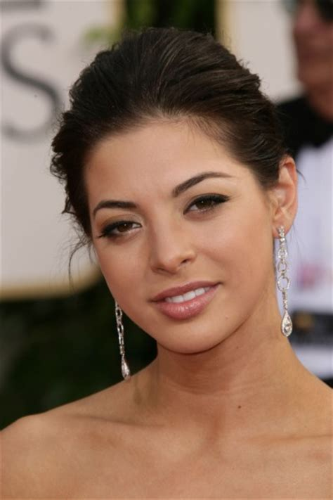 Gia Mantegna - Ethnicity of Celebs | What Nationality