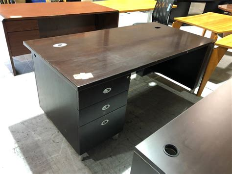 Mesh Front Office Desk (used)   Superior Office Services