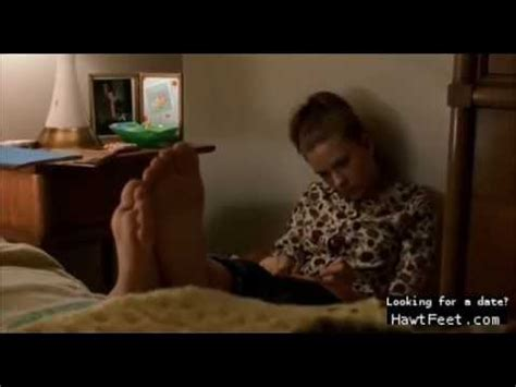 Celebrity feet scene - Scarlett Johansson - YouTube